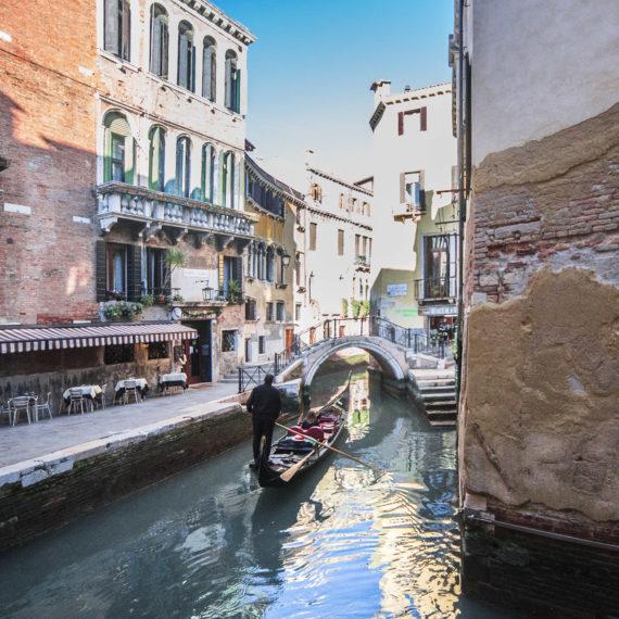 ristrutturazione terra cruda fianco canale venezia